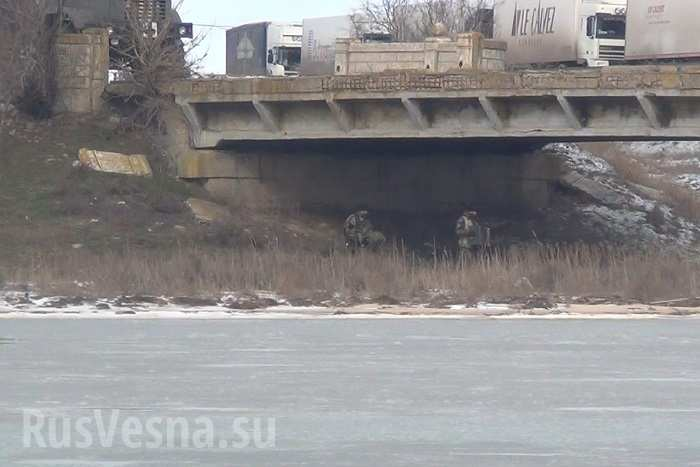 http://warsonline.info/images/stories/news/15/03mar/ukraine/chongar.jpg
